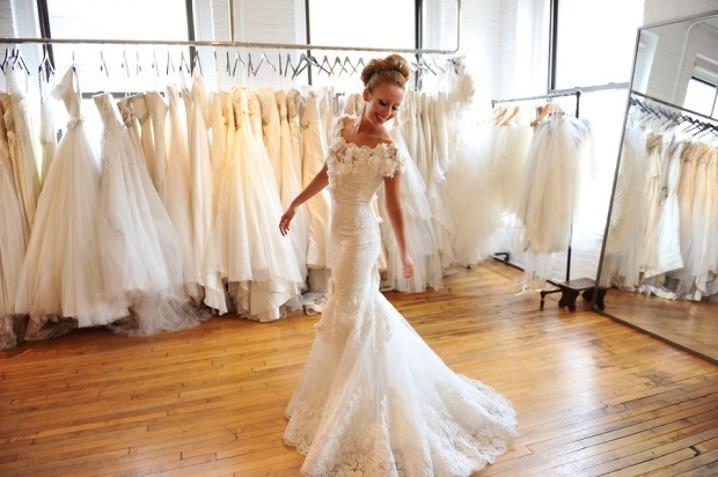 Как выбрать свадебное платье по цветотипу: 4 важных совета
